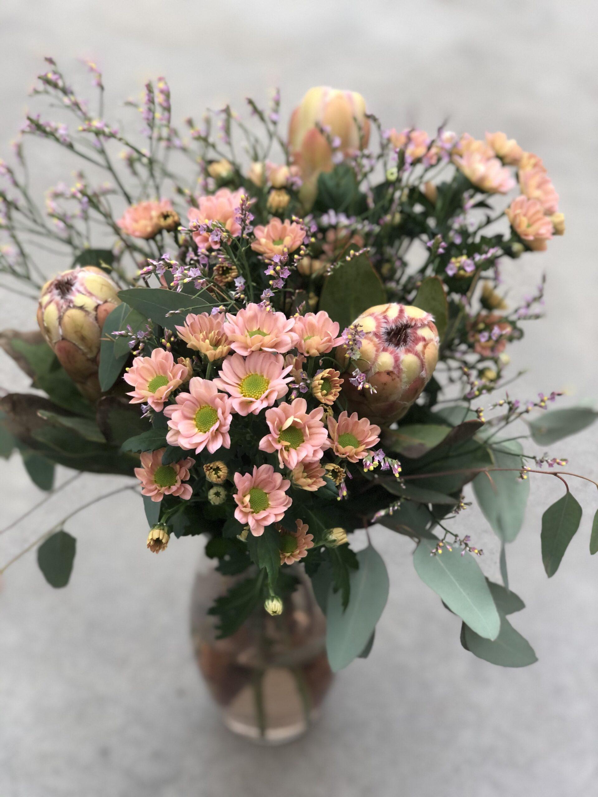 Nädal 10 vaasitäis lillerõõmu